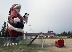 Photo of Santa statue at North Pole